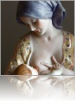 Breastfeeding-sculpture-1.jpg