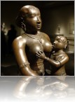 Breastfeeding-sculpture-3.jpg