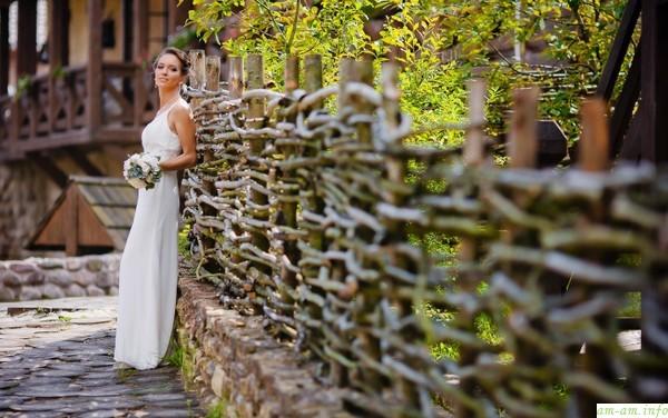 Нужно ли экономить на свадебных фото