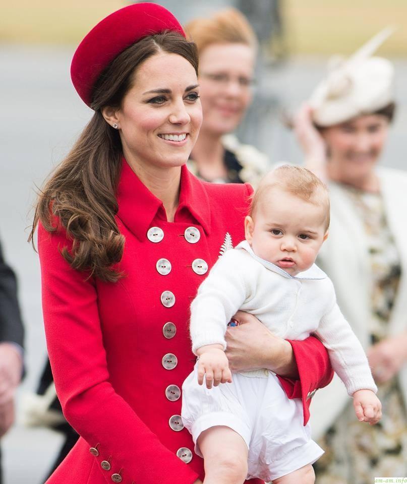 фото маленького принца, отправившегося в путешествие по Австралии и Новой Зеландии