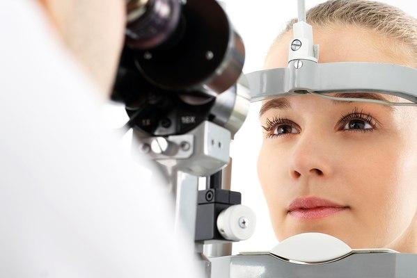 Контактные линзы и ГВ можно ли кормить грудью, офтальмолог